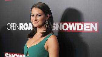 NEW YORK, NY - SEPTEMBER 13:  Actress Shailene Woodley attends the 'Snowden' New York premiere at AMC Loews Lincoln Square on September 13, 2016 in New York City.  (Photo by Jim Spellman/WireImage)