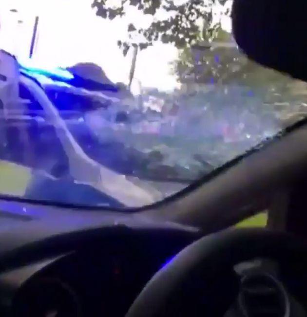 車を襲撃したロンドンの警察官がシャイニングなみに恐ろしい(動画)