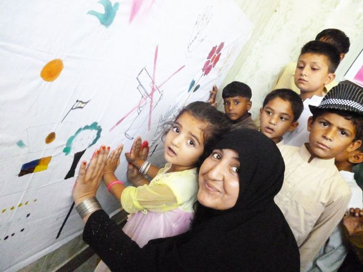 Neelam Ibrar Chattan tries to convey messages of peace through painting workshops in the Swat Valley, Pakistan.