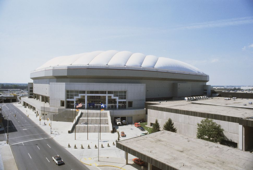 The RCA Dome in Indianapolis, before it was demolished.