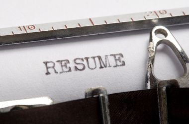 what do u put on a resume