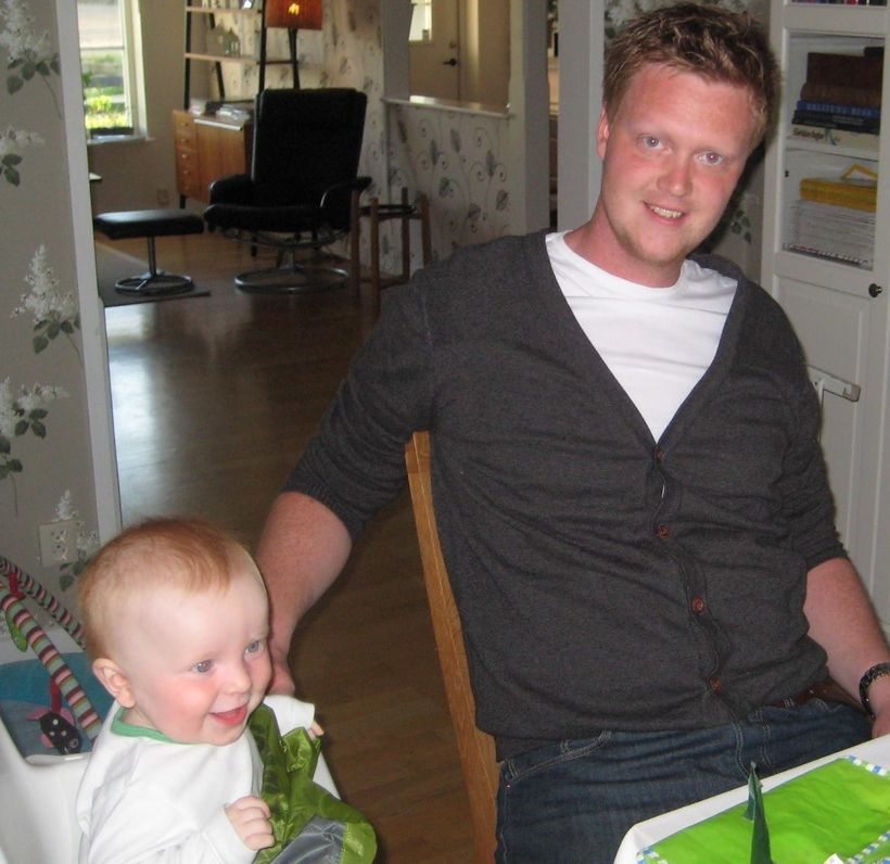 Niklas Bertilsson from Jönköping, Sweden, with his youngest son, Simon, before the accident.