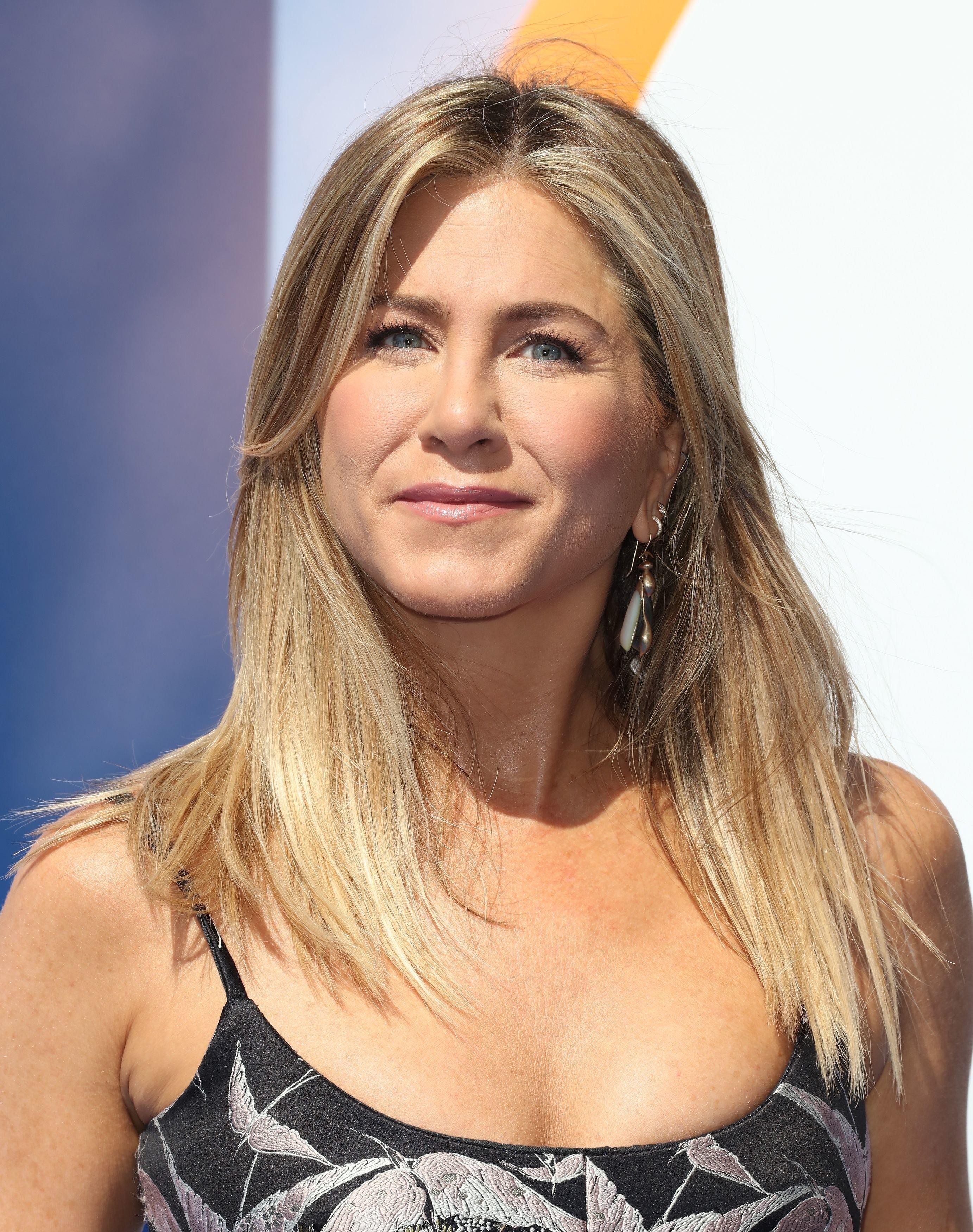 Leave Jennifer Aniston Out Of The Brangelina Divorce