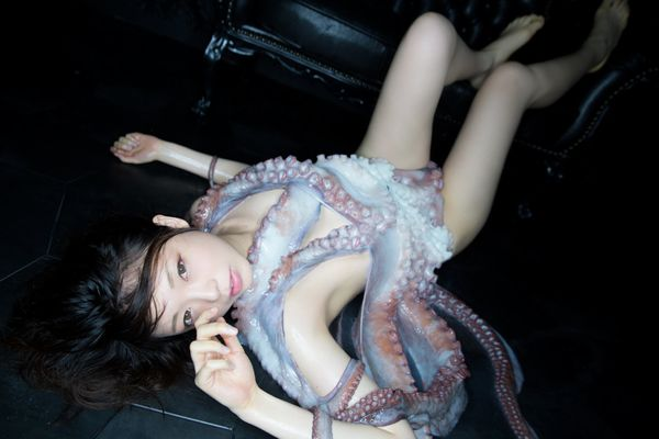 "Although the octopus didn't throw any star fits, photographer&nbsp;<a href=""http://kazanyamamoto.wixsite.com/photo"" target=""_"