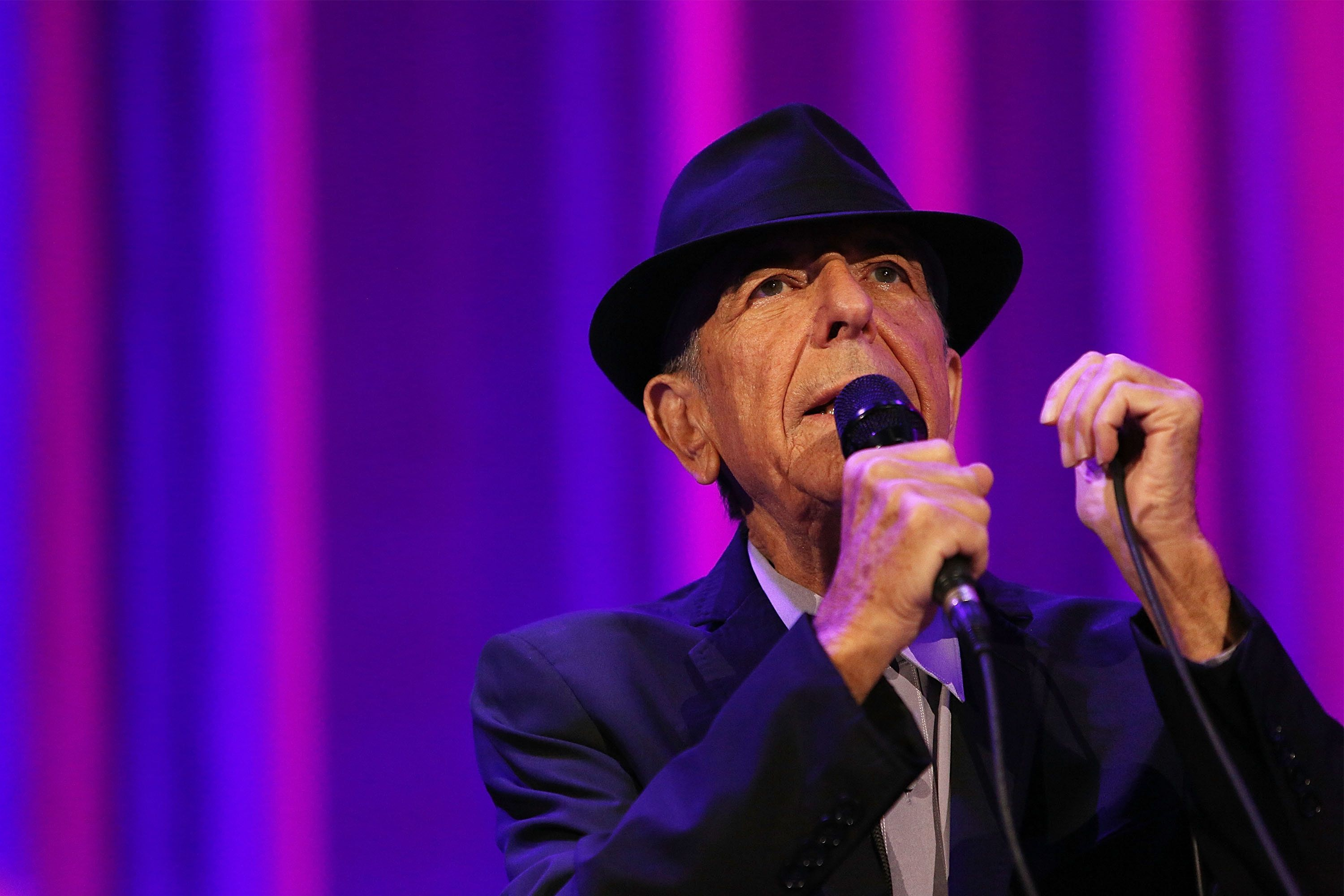 MELBOURNE, AUSTRALIA - NOVEMBER 20:  Leonard Cohen performs live for fans at Rod Laver Arena on November 20, 2013 in Melbourne, Australia.  (Photo by Graham Denholm/WireImage)