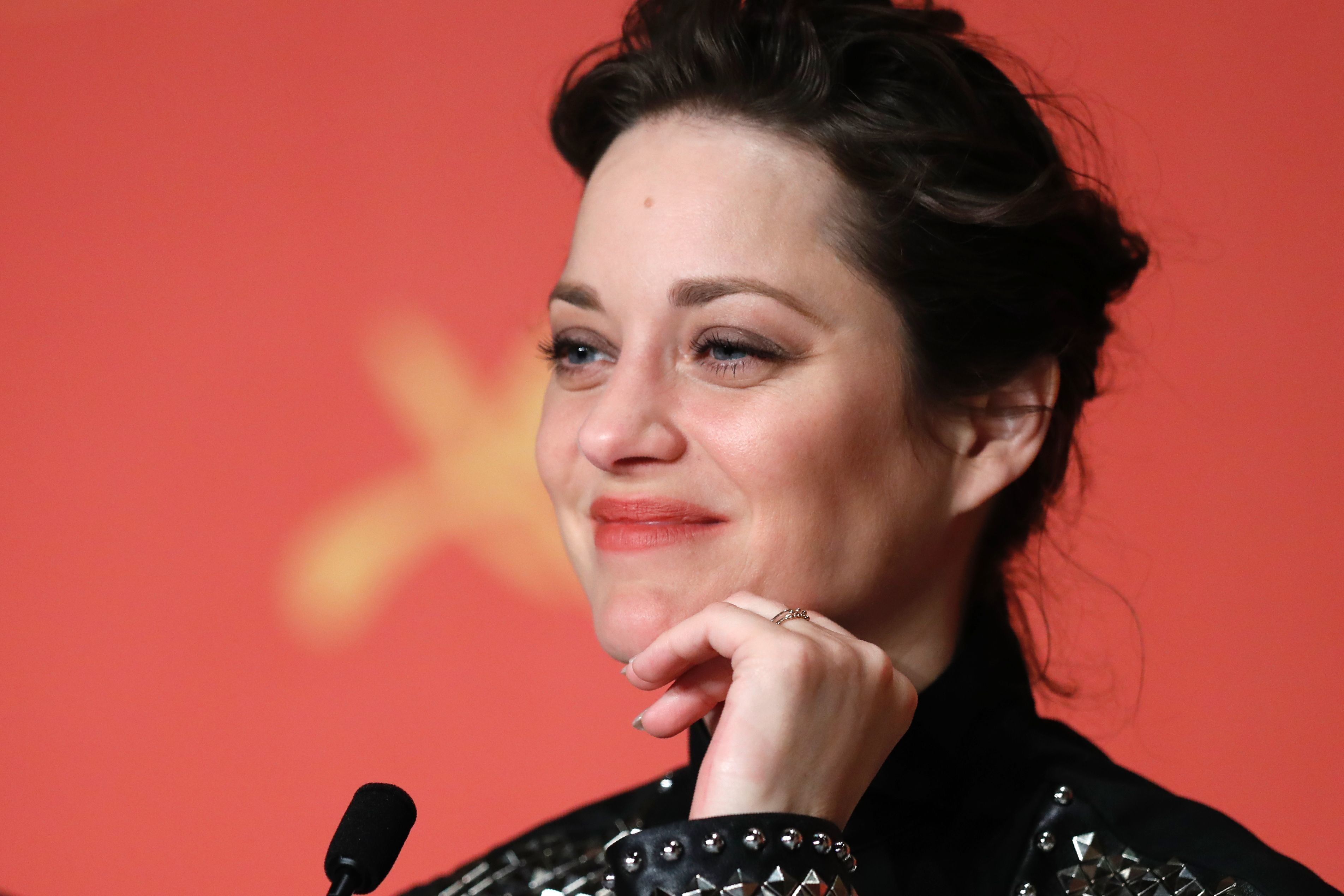 Marion Cotillard Responds To Rumors Amid Brangelina