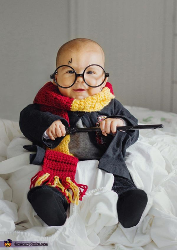 35 babies in halloween costumes who actually couldnt be cuter huffpost - Baby Halloween