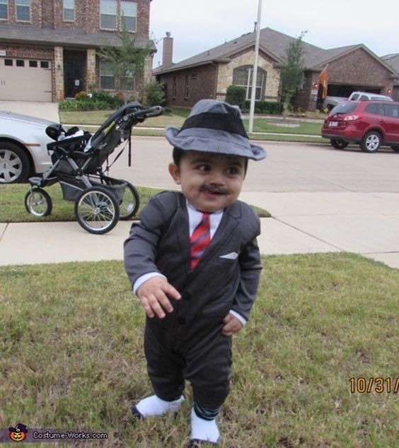 "Via <a href=""http://www.costume-works.com/costumes_for_babies/1920s-gangster-baby.html"" target=""_blank"">Costume Works</a>"