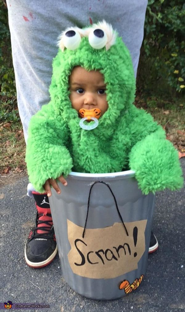 "Via <a href=""http://www.costume-works.com/costumes_for_babies/oscar-the-grouch1.html"" target=""_blank"">Costume Works</a>"
