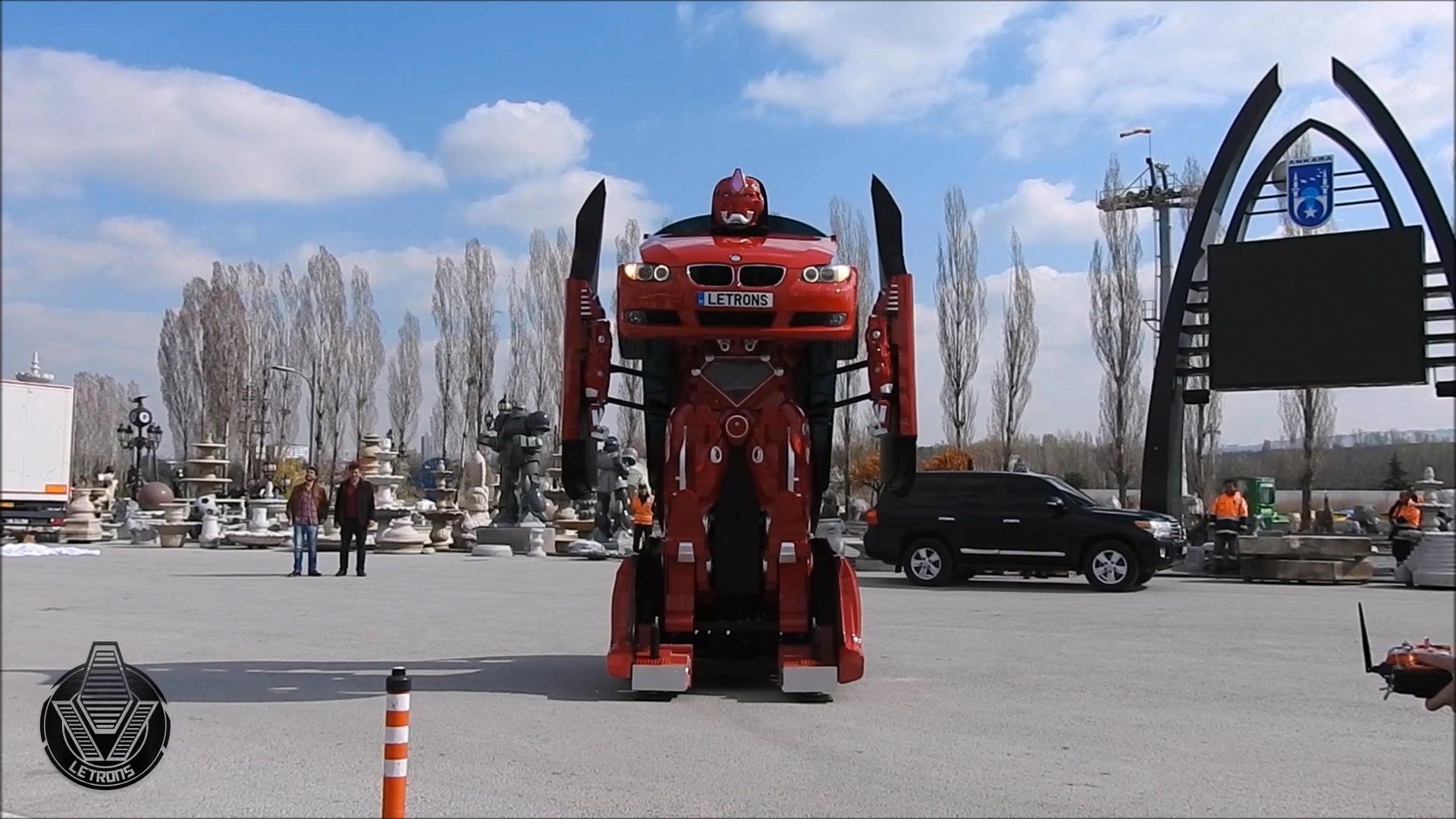 Robot In Disguise Someone Made A Real Life Transformers