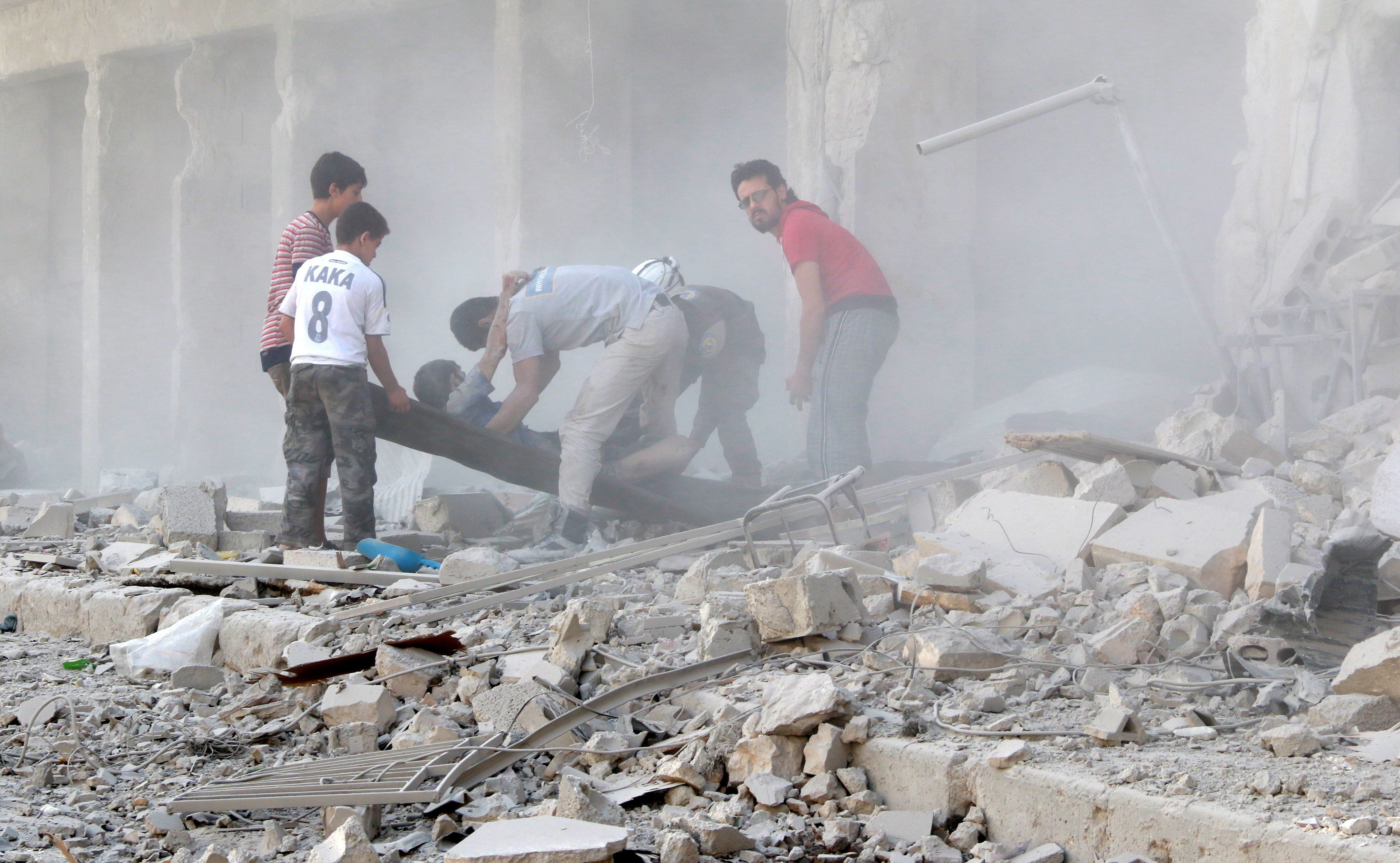 With no truce, the Syrian airstrikes continue to destroy Aleppo and its