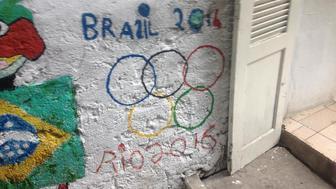 Rocinha graffiti