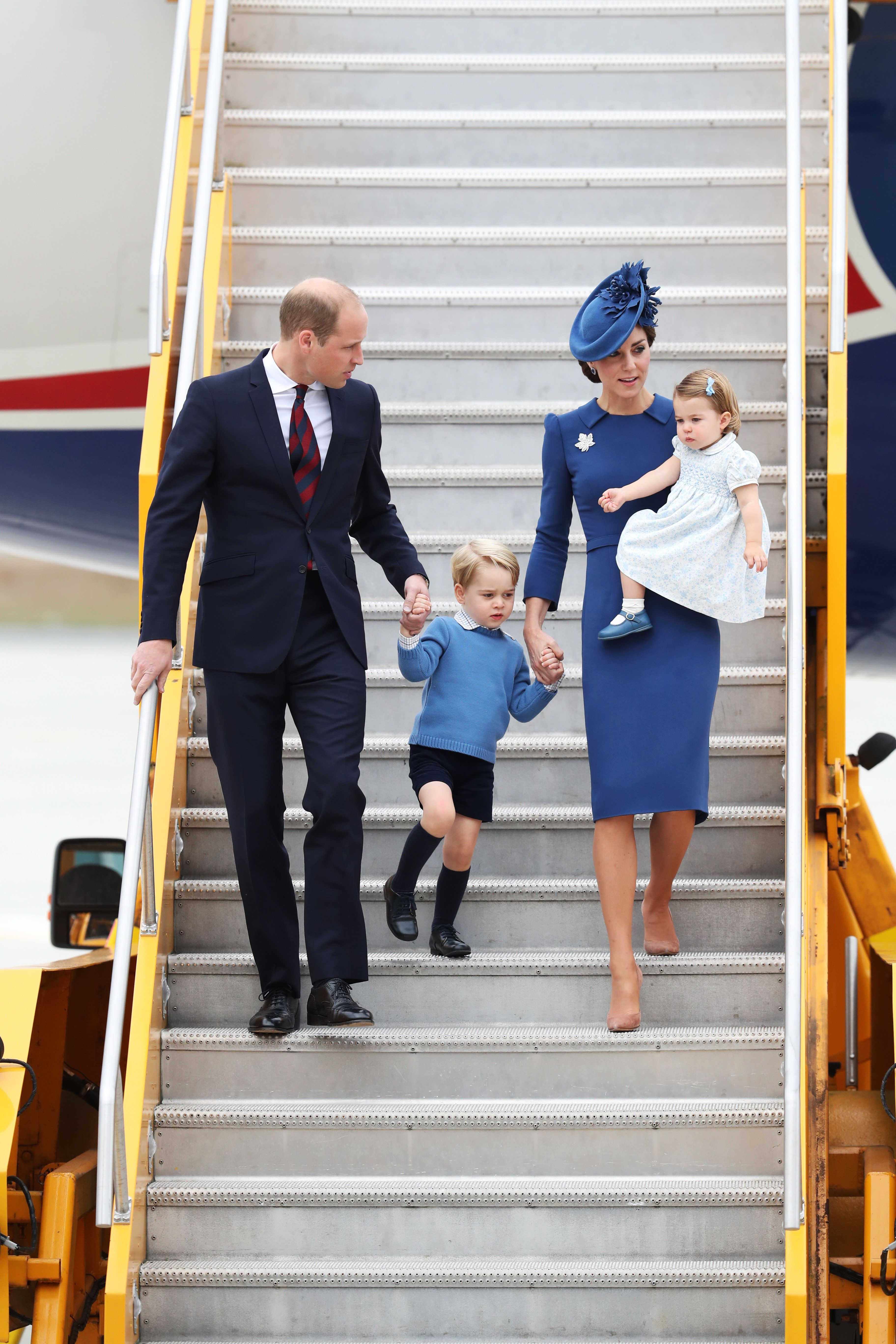 The whole family wore blue.