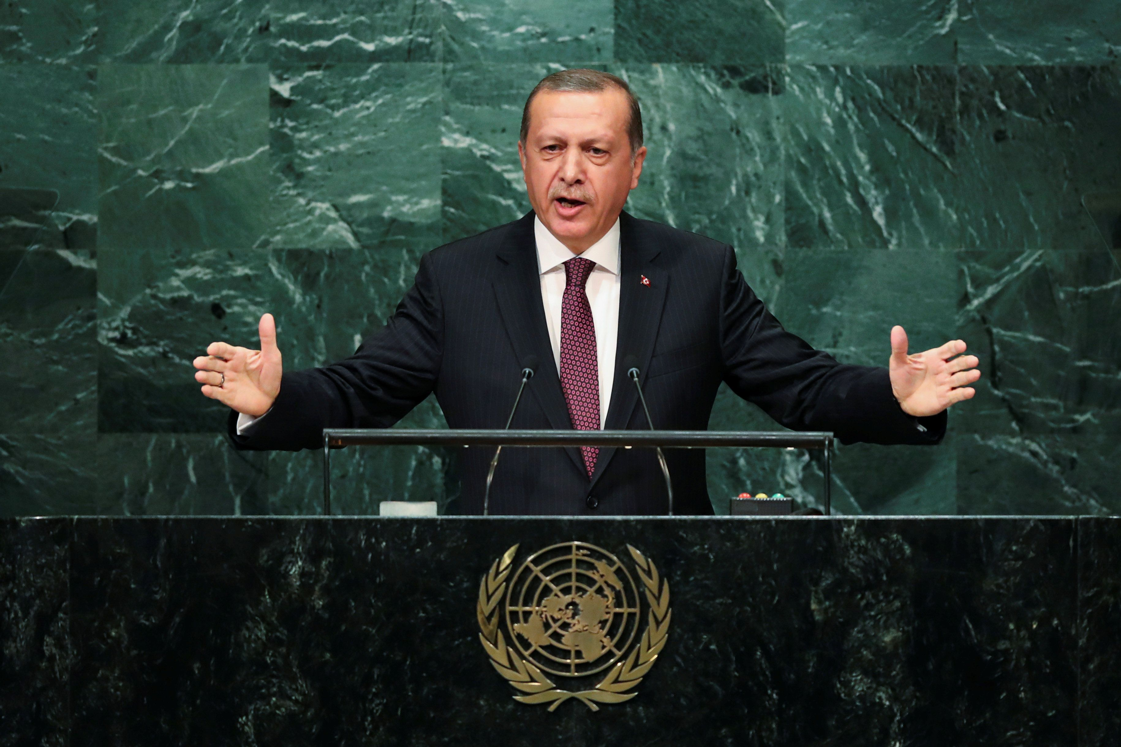 Turkey Criticizes World Leaders For Lack Of Syrian Refugee