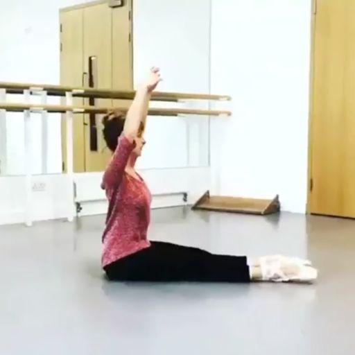 This Ballet Dancer's Insane Flexibility Will Make Your Pelvis
