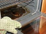 Woman Shares Unusual Life Hack For Cleaning An Oven Pronto