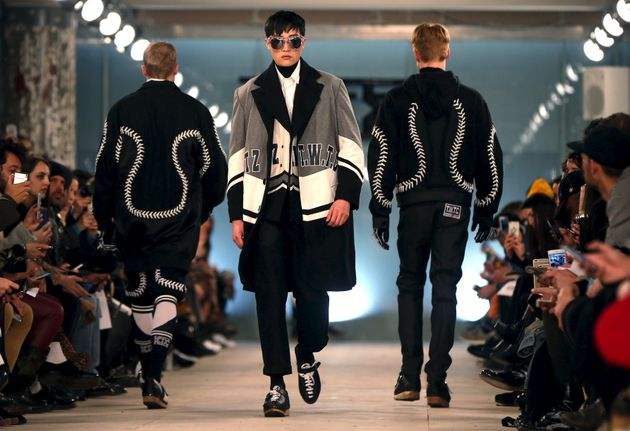 Male Models 'Suffer Big Pay Gap' Compared To