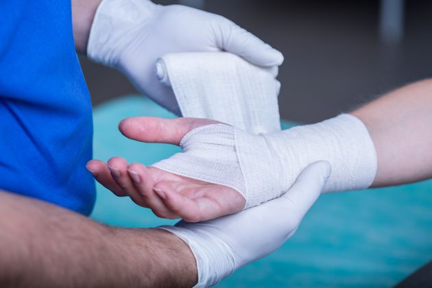 This Incredible Nanotech Bandage Can Heal Wounds In Just A Few