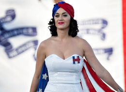 Katy 'Votes Naked' To Support Hillary Clinton
