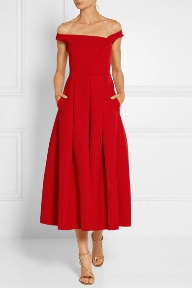 "The dress was available on <a href=""https://www.net-a-porter.com/us/en/product/720303/Preen_by_Thornton_Bregazzi/finella-pleated-stretch-crepe-midi-dress?cm_mmc=LinkshareUS-_-QFGLnEolOWg-_-Custom-_-LinkBuilder&amp;siteID=QFGLnEolOWg-iXKDWxzmIl1lWSxlU9p1cg"" target=""_blank"">Net-a-Porter</a>&nbsp;for $1,715 until it sold out.&nbsp;"