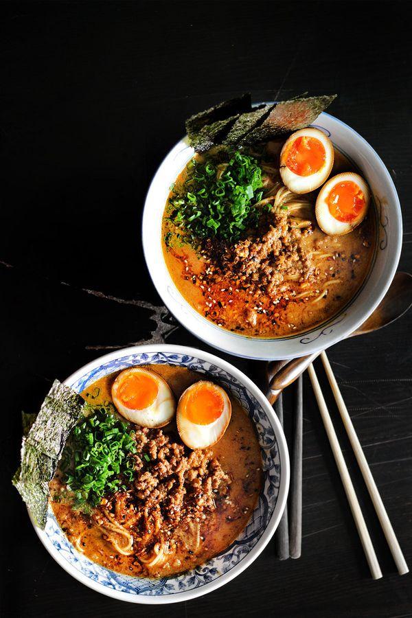 "<strong>Get the <a href=""http://ladyandpups.com/2014/01/04/spicy-miso-ramen-express-eng/"" target=""_blank"">Spicy Miso Ramen re"
