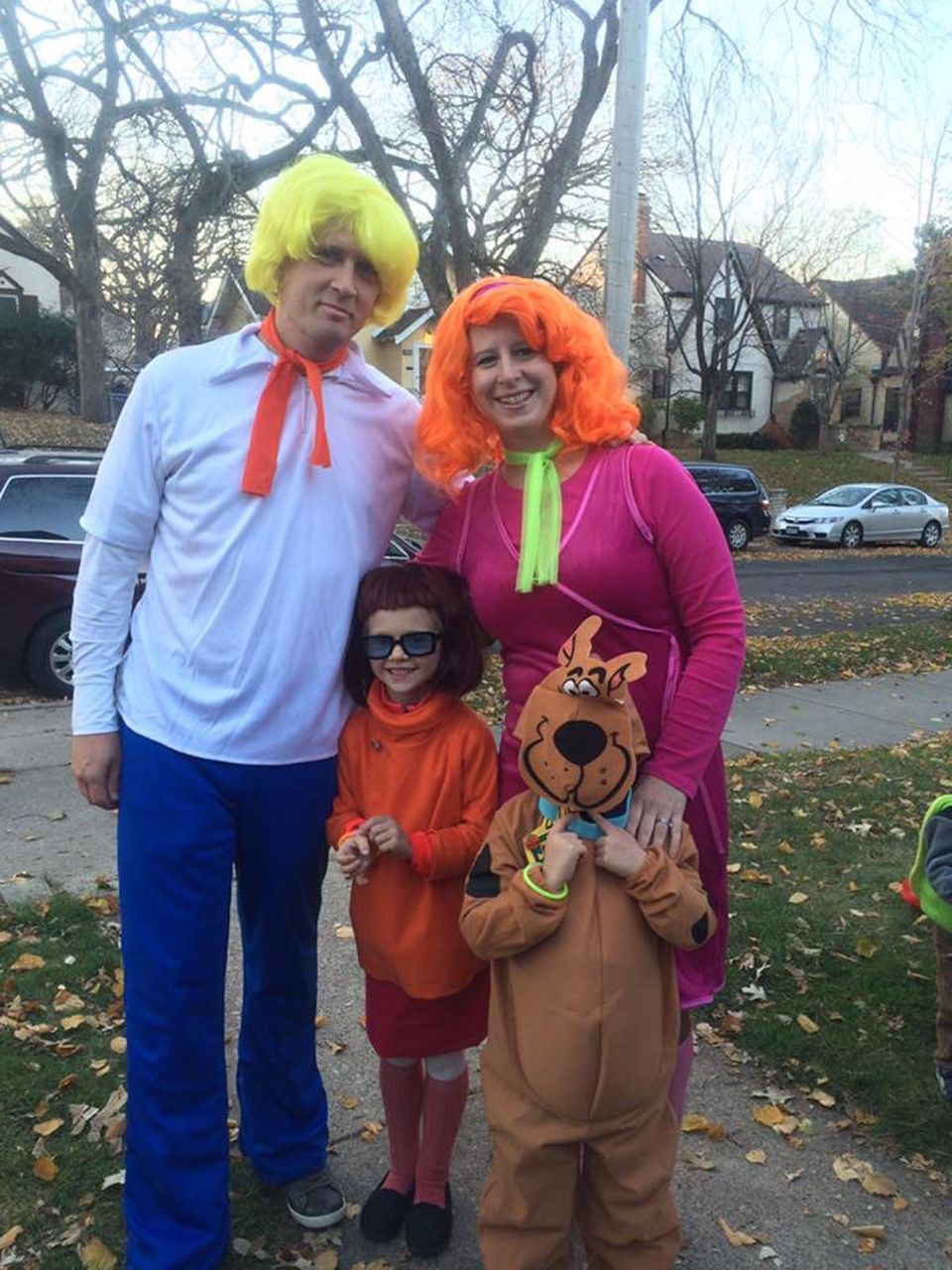 8aeae0c6e1c 59 Family Halloween Costumes That Are Clever
