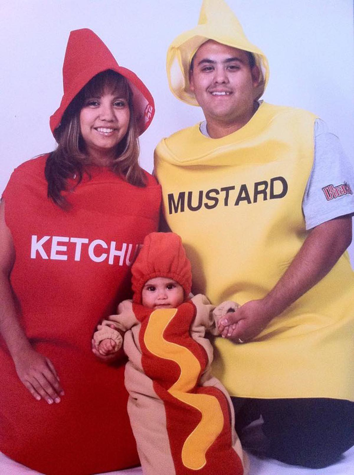 59 Family Halloween Costumes That Are Clever Cool And Extra Cute | HuffPost  sc 1 st  HuffPost : three girl costume ideas  - Germanpascual.Com