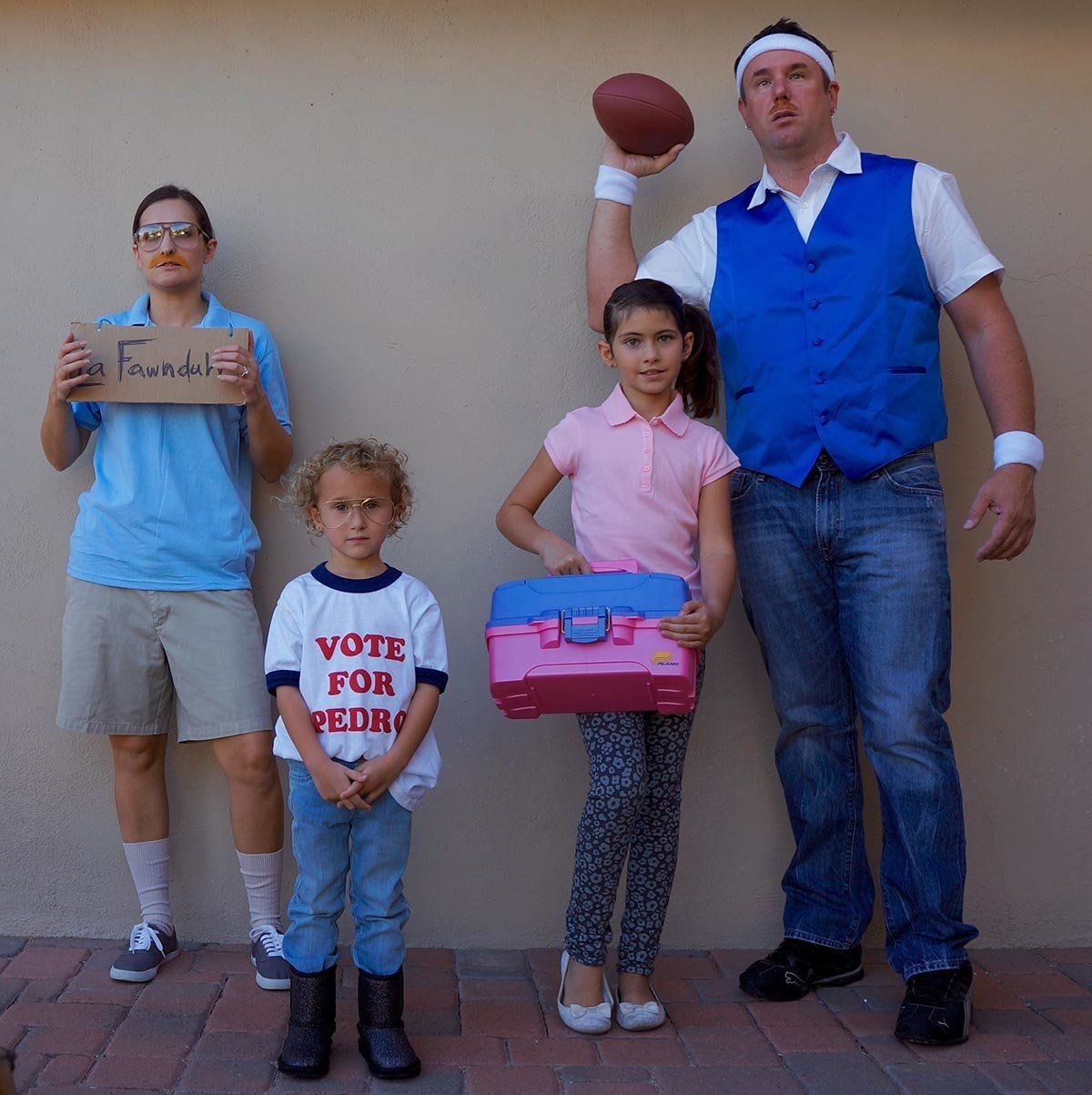 59 Family Halloween Costumes That Are Clever Cool And Extra Cute | HuffPost  sc 1 st  HuffPost : family fun halloween costume ideas  - Germanpascual.Com
