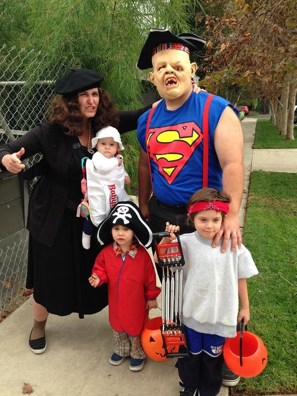 a guide to unique family halloween costumes