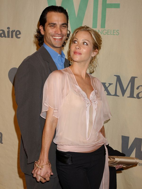 In October 2001, the two got married. Four years later, Schaech filed for divorce and it was finalized in August 2007.