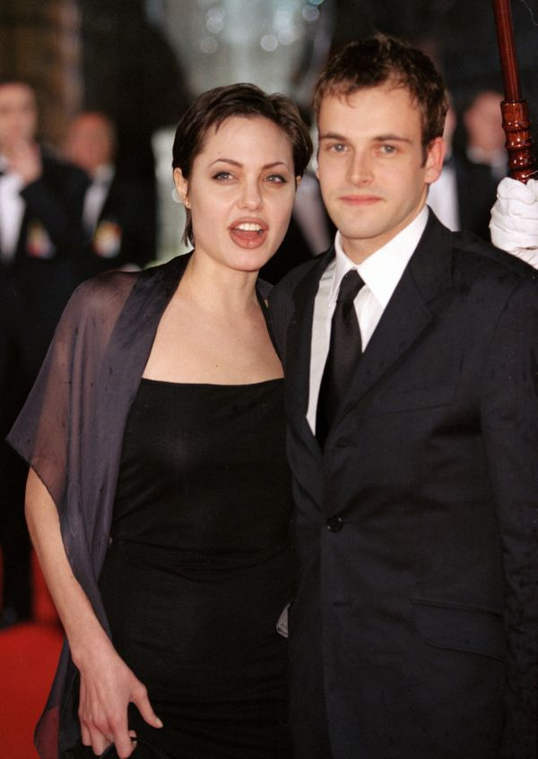 """The actors met on the 1995 film """"Hackers"""" andeloped in March 1996 in Vegas.Three years later, they divorced."""