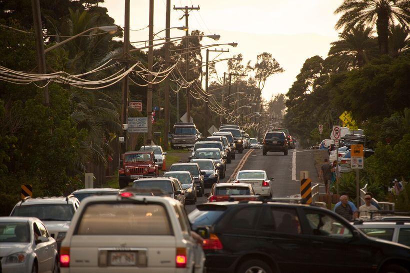Gridlock on the North Shoreʻs Kamehameha Highway