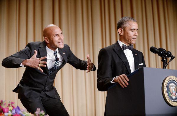 President Obama rocks his 2015 White House Correspondent's Dinnertux like he's doing it a favor.