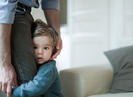 Parents, Here's How To Deal With Clingy Children