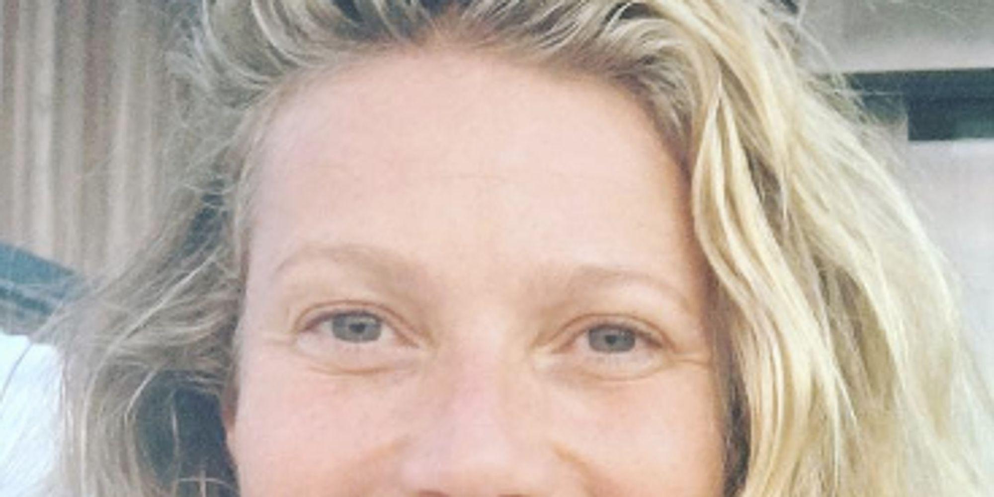 Gwyneth Paltrow's No-Makeup Selfie with Look-Alike ...