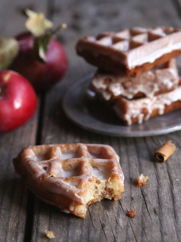 """<strong>Get the <a href=""""http://www.completelydelicious.com/2014/09/apple-fritter-waffle-doughnuts.html"""" target=""""_blank"""">Appl"""