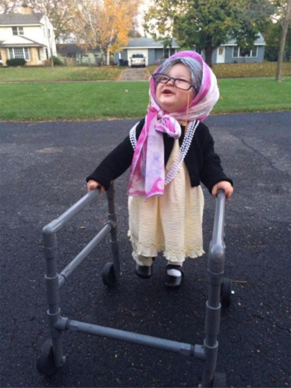 Image of: Imgur Just 20 Photos Of Kids Dressed As Old People cause Its Ridiculously Cute Huffpost Just 20 Photos Of Kids Dressed As Old People cause Its