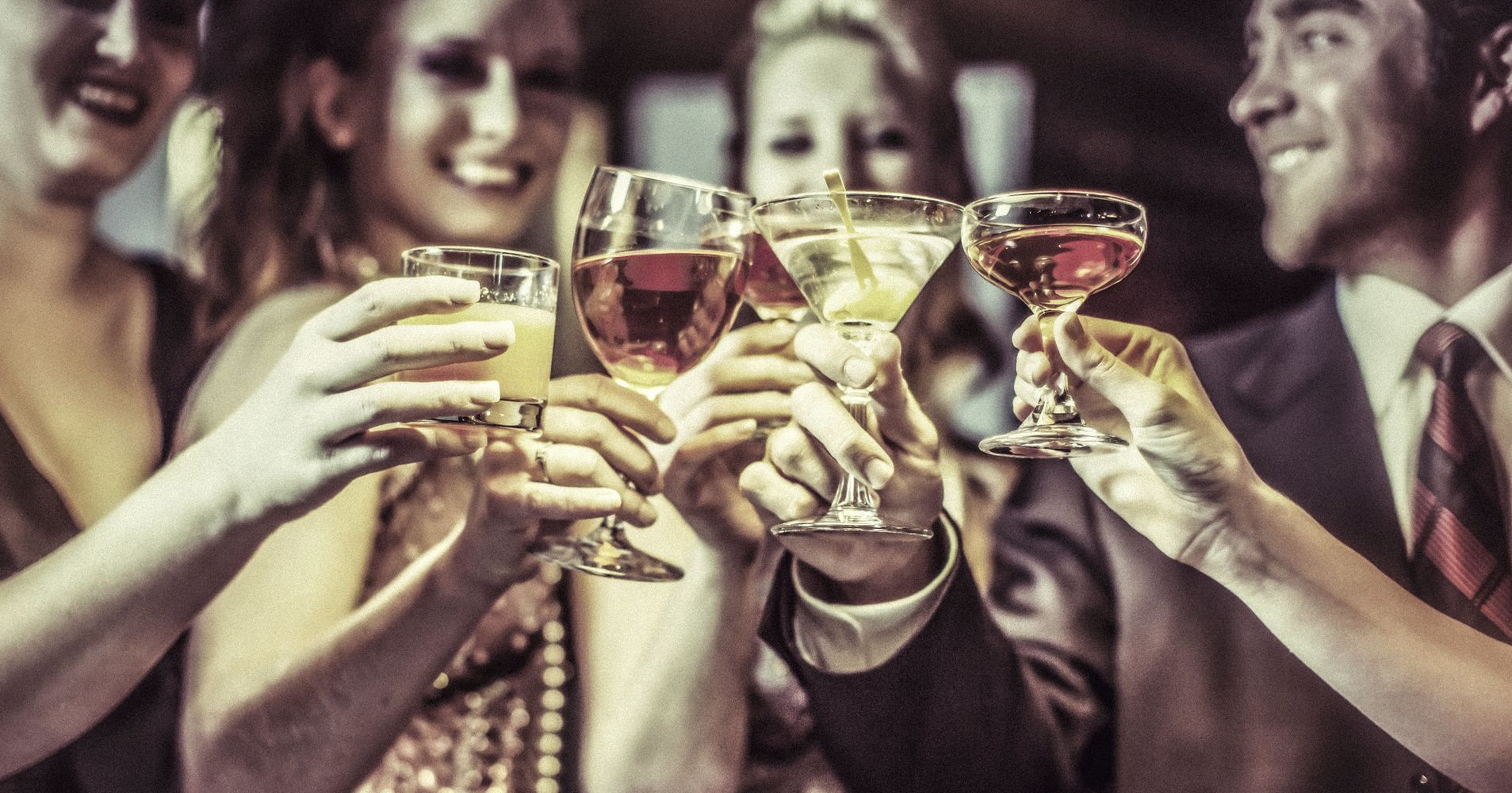 What science really says about drinking before bed huffpost ccuart Choice Image
