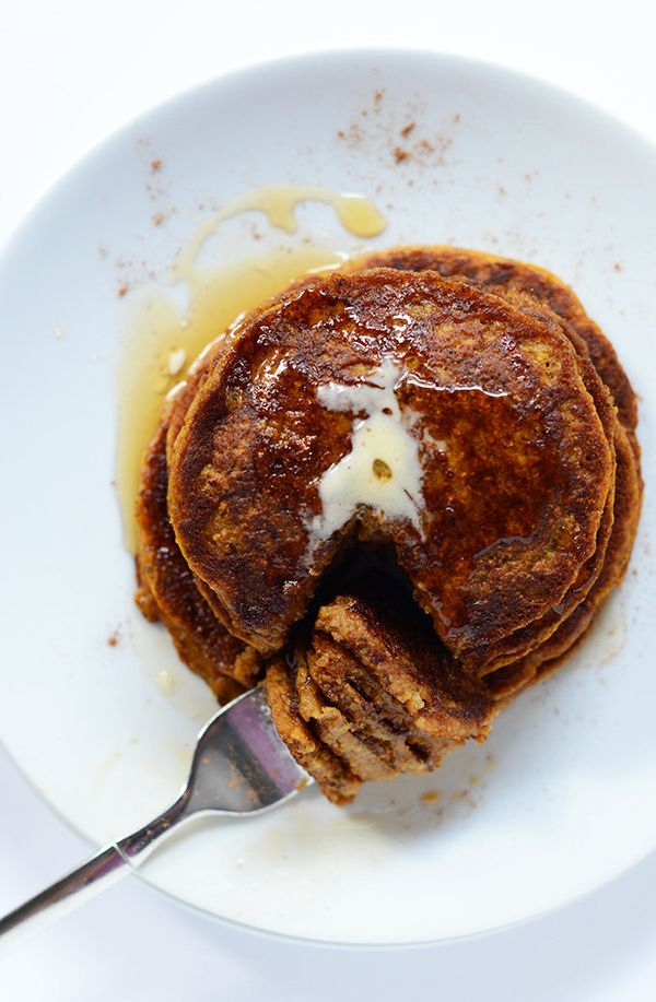 """<strong>Get the <a href=""""http://minimalistbaker.com/vegan-pumpkin-spice-pancakes/"""" target=""""_blank"""">Vegan Pumpkin Spice Pancak"""