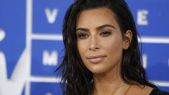 Kim Kardashian arrives at the 2016 MTV Video Music Awards in New York, U.S., August 28, 2016.  REUTERS/Eduardo Munoz