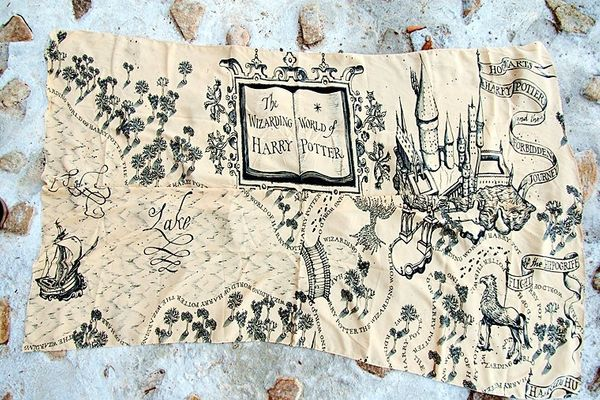 "Marauder's Map scarf, $28 at&nbsp;<a href=""https://www.etsy.com/listing/251174629/the-marauders-map-hogwarts-harry-potter"" ta"