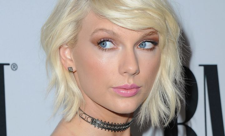 Singer Taylor Swift attends the 64th Annual BMI Pop Awards at the Beverly Wilshire Four Seasons Hotel on May 10, 2016 in Beve