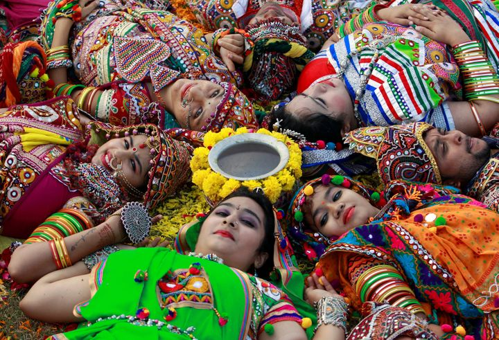 Hindus Celebrate The Mother Goddess In Navratri Festival | HuffPost