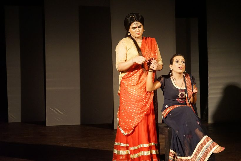 Khawaja siras Sunny (left) and Lucky (right) acting in a scene together in the documentary theater play, Teesri Dhun (or Thir