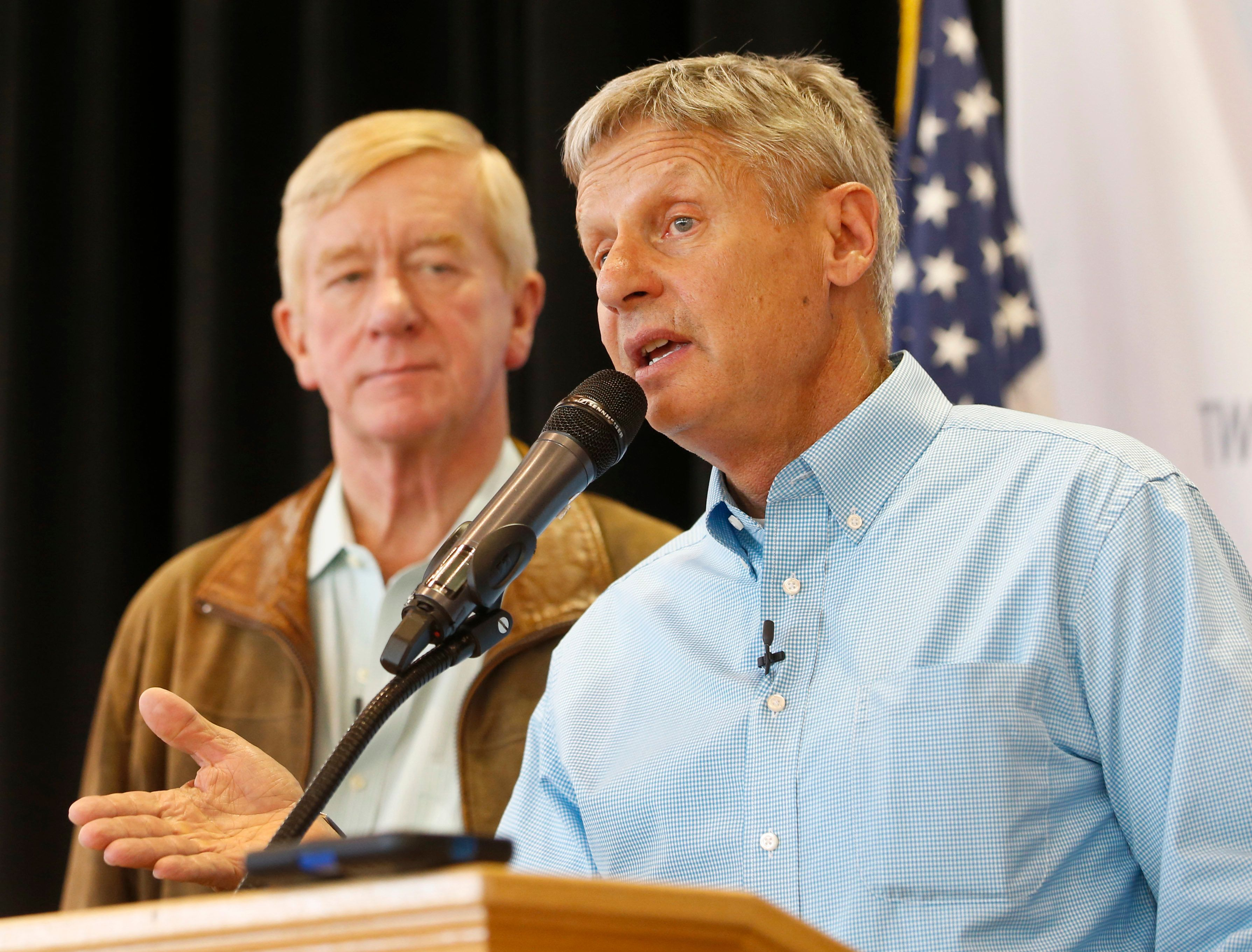 SALT LAKE CITY, UT - AUGUST 6: Libertarian presidential candidate Gary Johnson (R) and running mate, Bill Weld (L), talks to a crowd of supporters at a rally on August 6, 2015 in Salt Lake City, Utah. Johnson has spent the day campaigning in Salt Lake City, the home town of former republican presidential candidate Mitt Romney.  (Photo by George Frey/Getty Images)