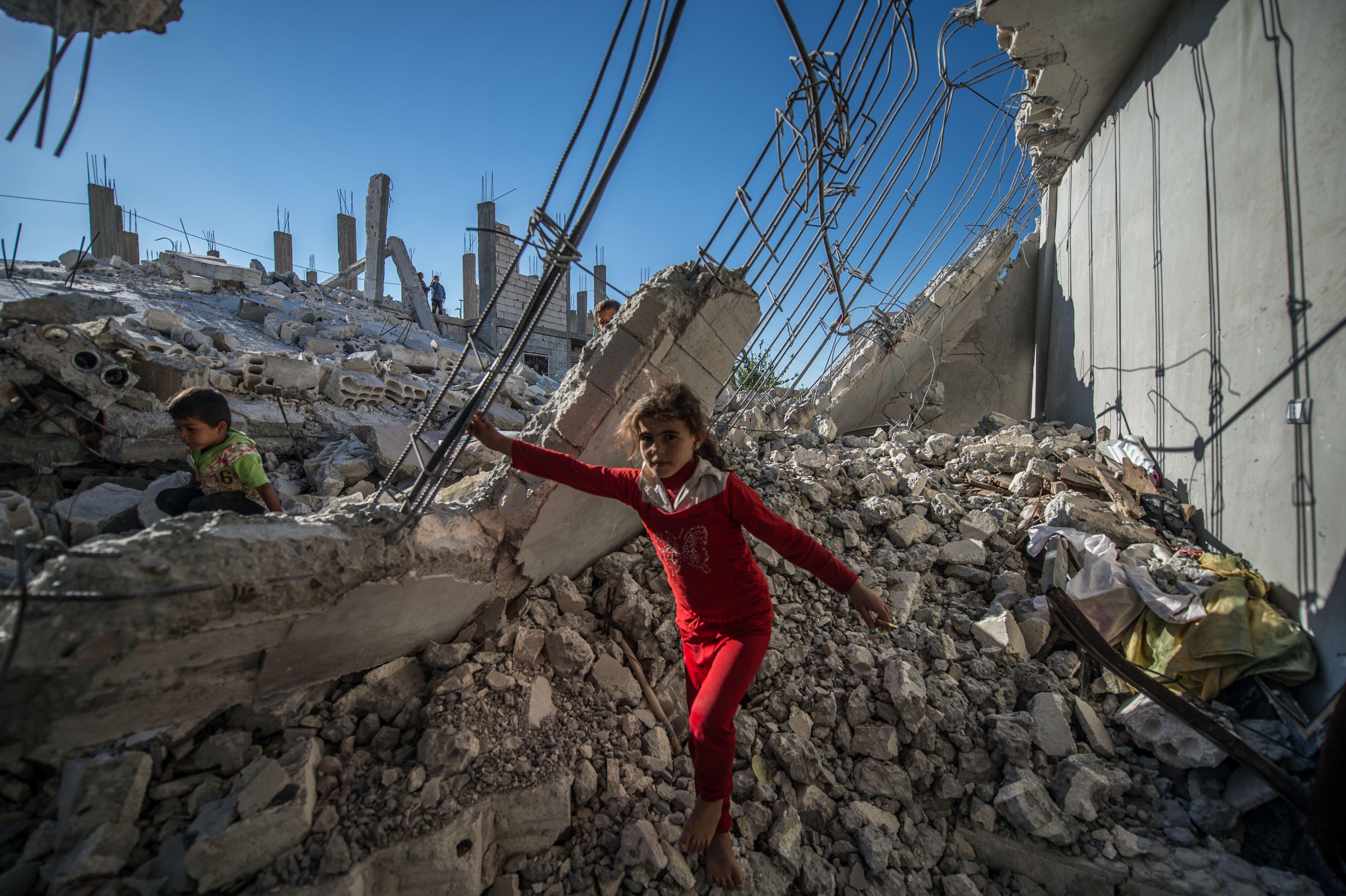 Russian Jets Strike Aleppo As U.S. Clings To