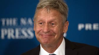 US Libertarian Party presidential candidate Gary Johnson speaks at a National Press Club Luncheon on July 7, 2016, in Washington, DC.   / AFP / MOLLY RILEY        (Photo credit should read MOLLY RILEY/AFP/Getty Images)