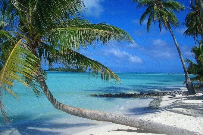 White sand Paradise in Indonesia