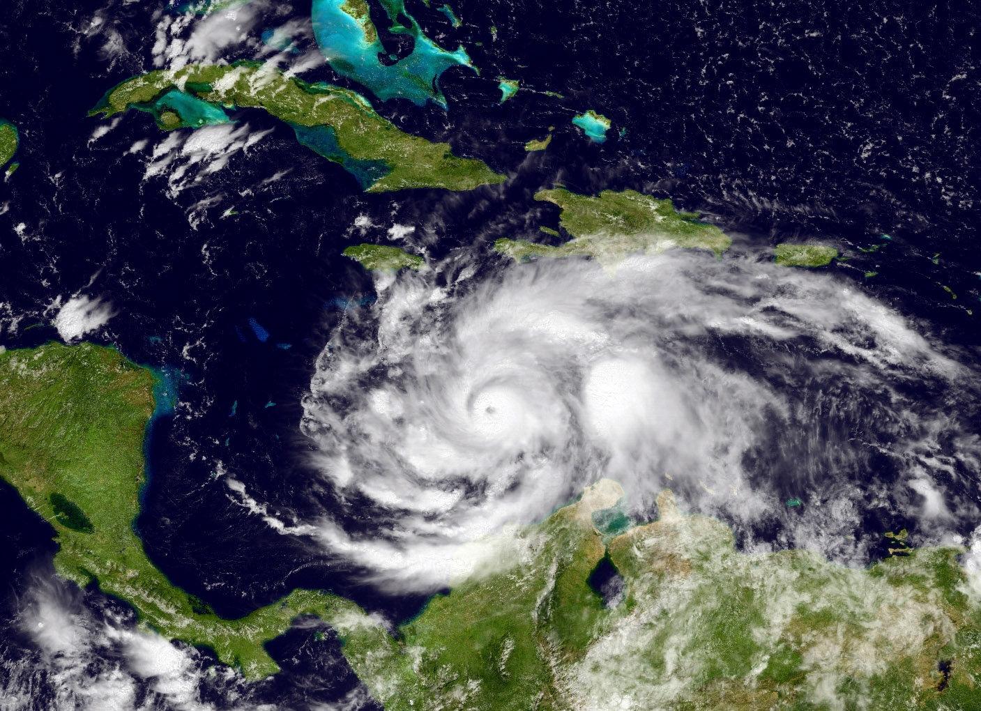 As Hurricane Matthew Nears Haiti, Some Resist Going To