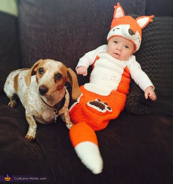 """via <a href=""""http://www.costume-works.com/costumes_for_babies/the-fox-and-the-hound.html"""" target=""""_blank"""">Costume Works</a>"""